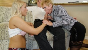 blonde threesome oral action