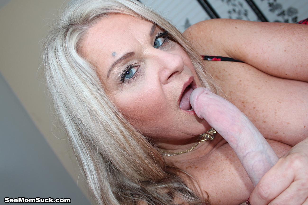 Chloe s sucking cock