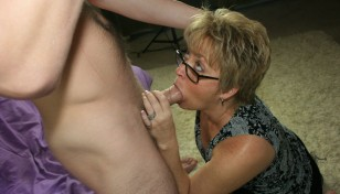 Tracy Licks giving a blowjob