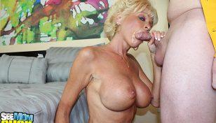 Milf Nikki Sixxx giving a blowjob