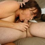 milf bella sucking cock