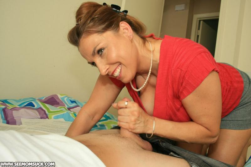 Milf giving handjob