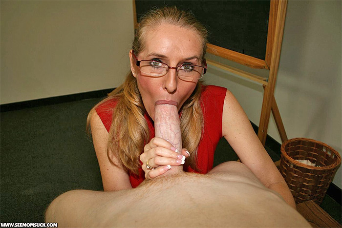 Milf Blowjobs Pictures