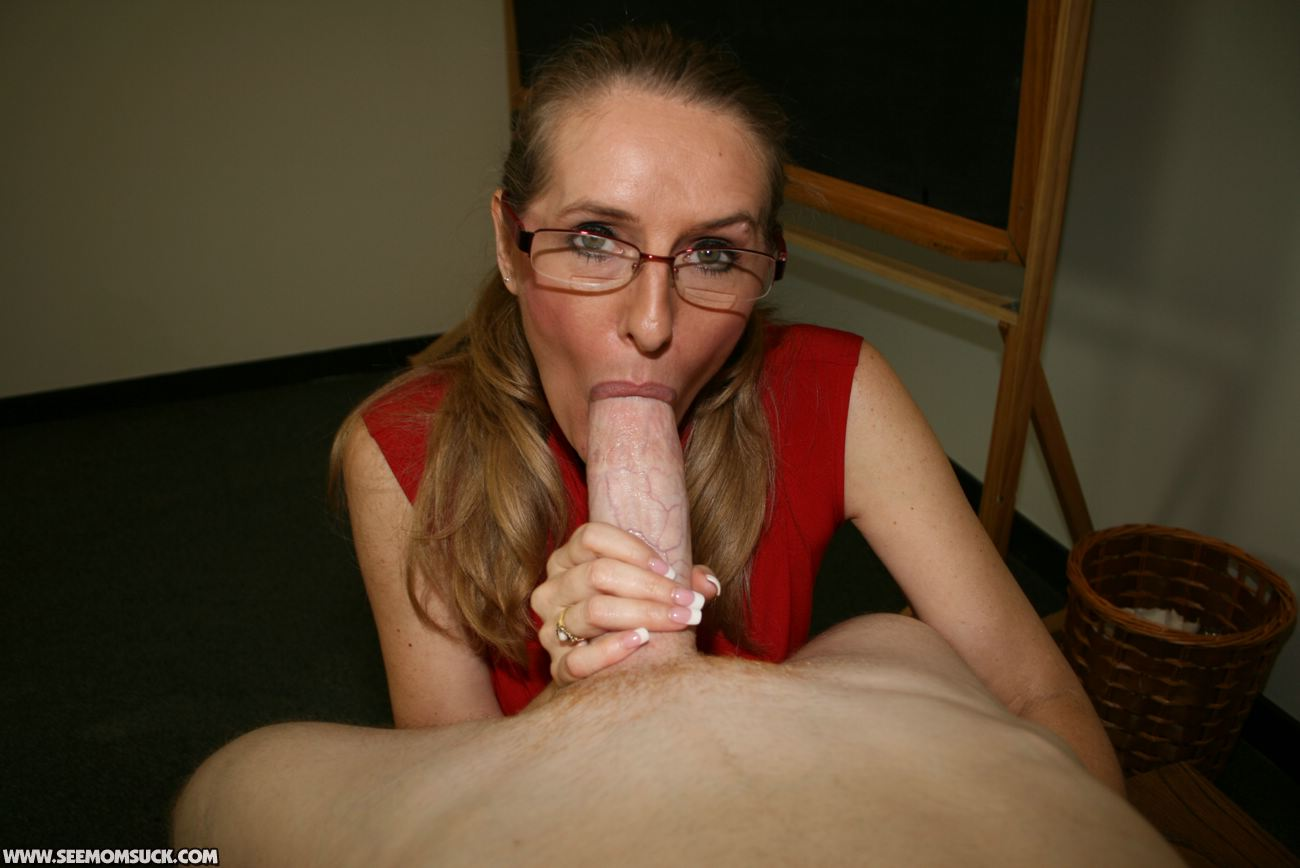 Milf sucks dick for her facial