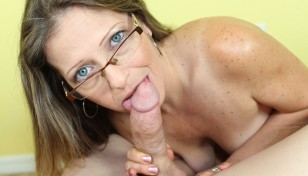 hot milf sucking a stiff prick