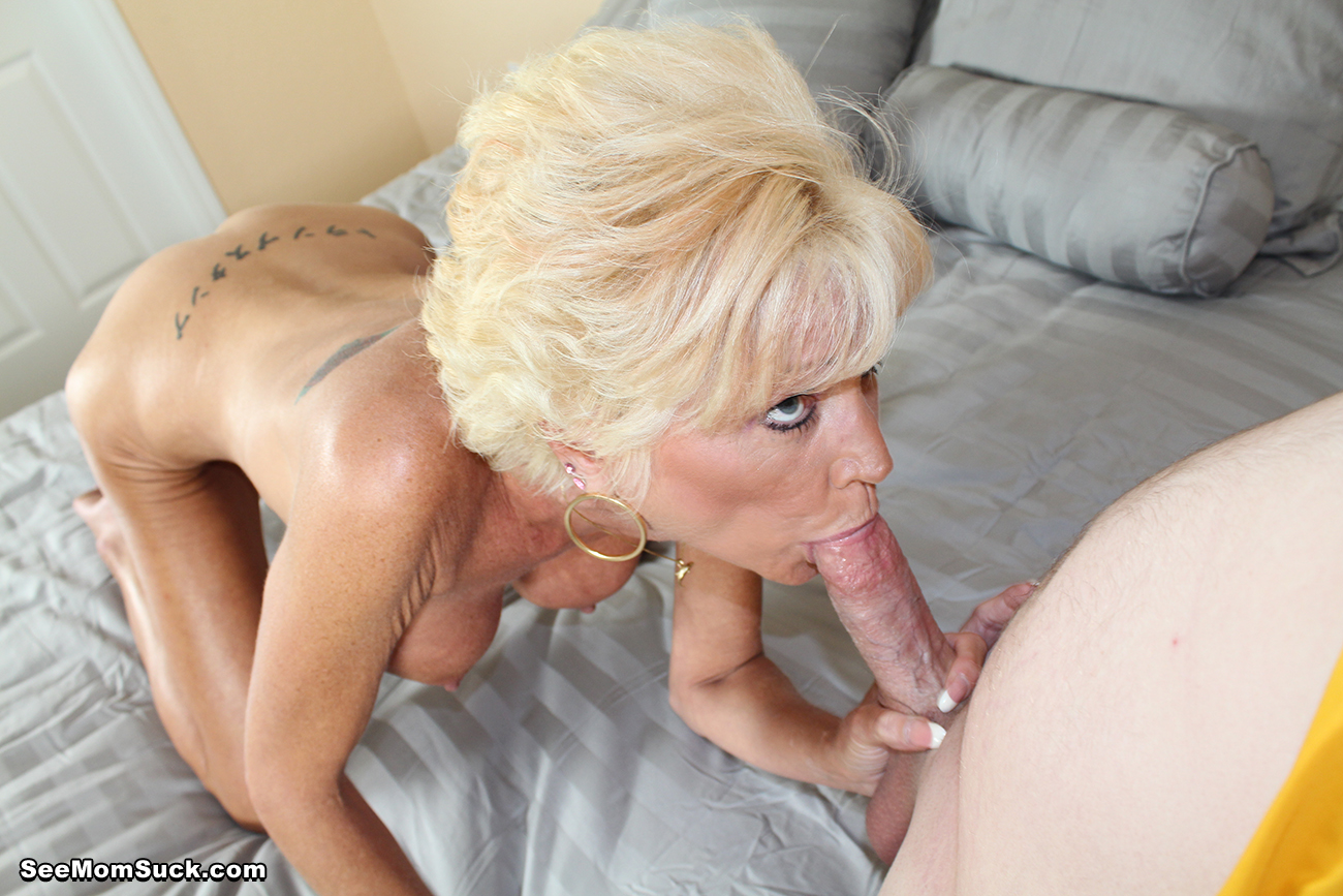nikki sixxx horny babe sucks off her son in law seemomsuck