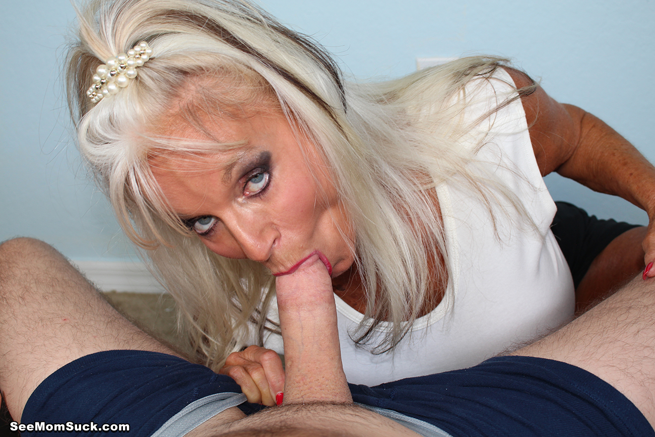 image Sucking him until he cums in my mouth