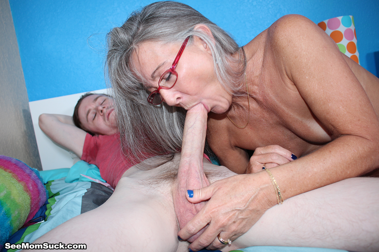 Hot women wet and cumming