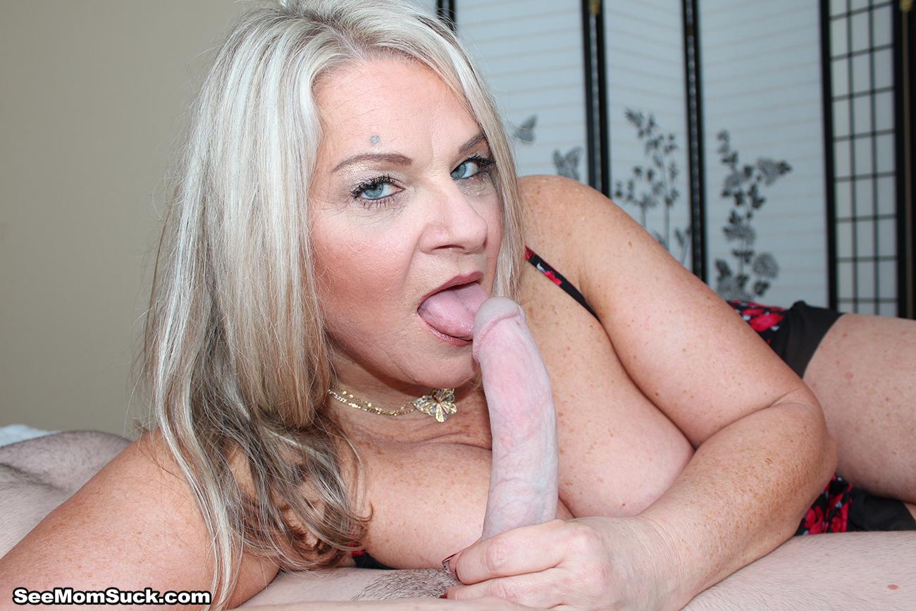 Milf licking cock