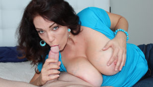 Charlee Chase giving head