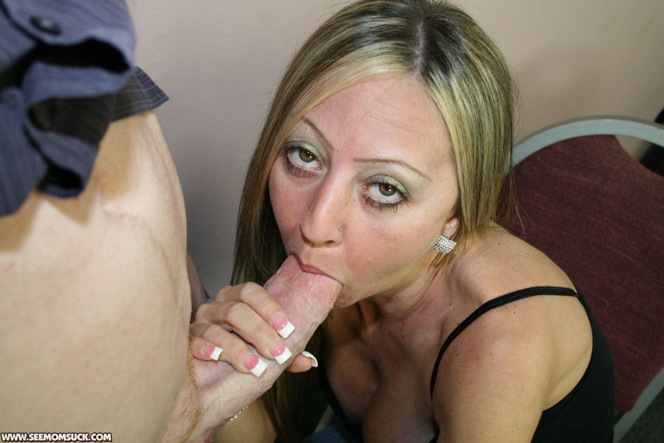 Deep throat mom son-1505