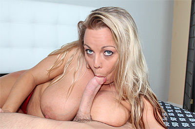 Amber Bach Blows It - Mar 19