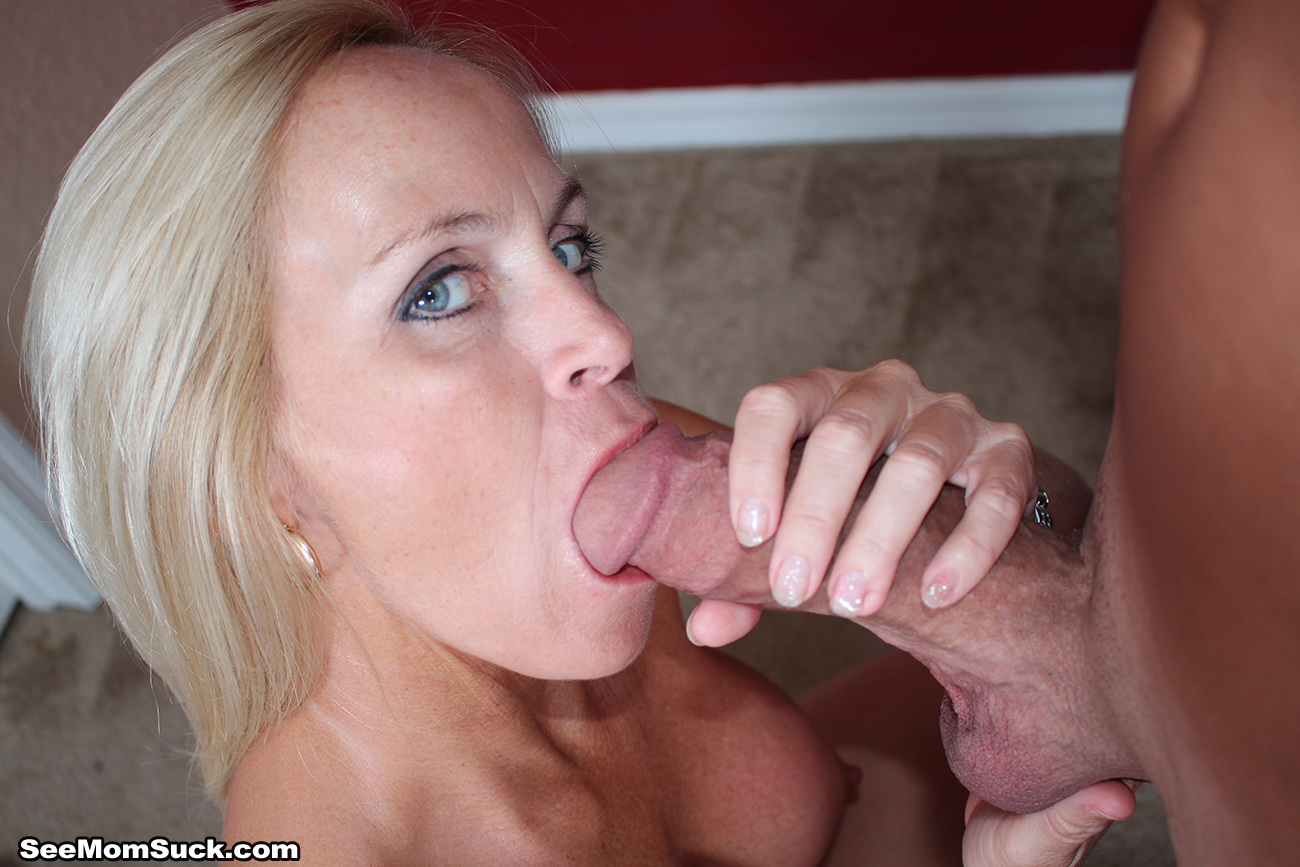 Mom sucking cock video