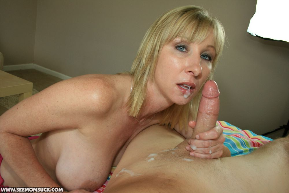 See Mom Suck - Free Amateur Blowjobs - Mother And Teen -5571