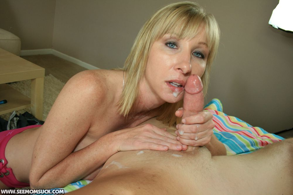 See Mom Suck - Free Amateur Blowjobs - Mother and Teen ...