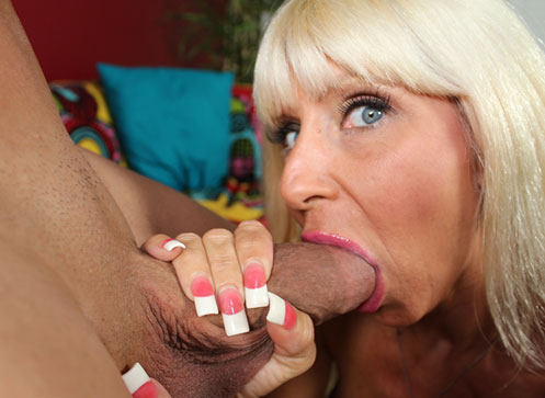 Blow my hubby Excited milf Kasey Storm showing her daughter how to blowjob penish.