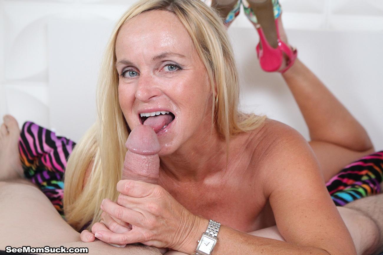 Busty lesbo love making