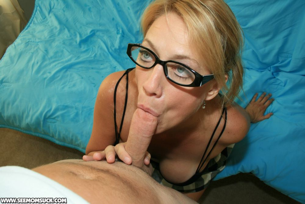 Adult fetish play