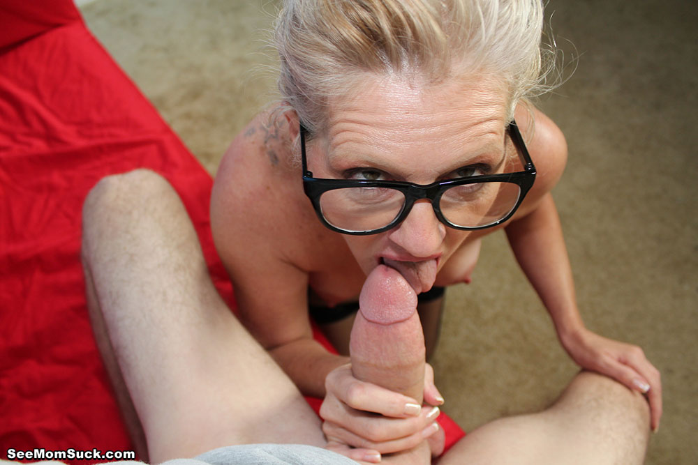 Out mommy loves cock movies